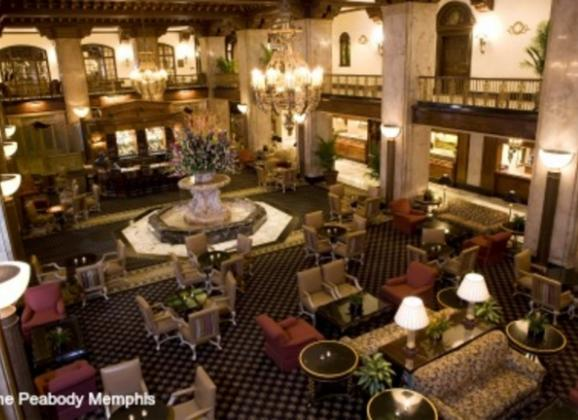 Mezzanine overlooking the lobby at The Peabody Memphis. Photo by The Peabody Memphis.
