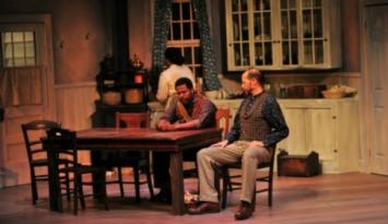 Theatre Memphis performance. Photo by Andrea Zucker.