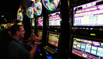 Hit the slots at Southland Gaming. Photo by Andrea Zucker.