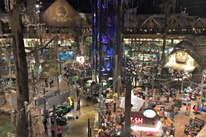 Bass Pro Pyramid shopping ground floor